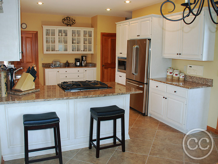 Classic Cupboards Paint 24 Updated Oak Cabinets With White Paint